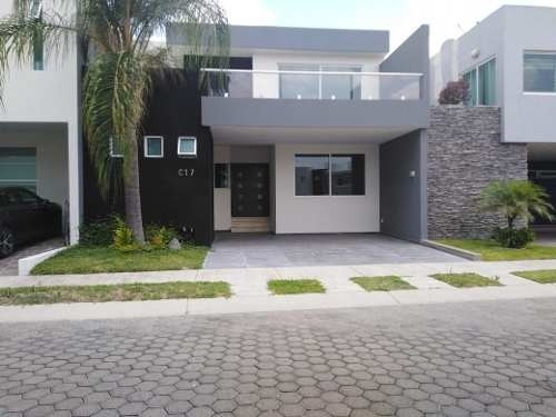 Hermosa Residencia En Venta Junto Al Metropolitano En Guadalajara Dentro De Coto