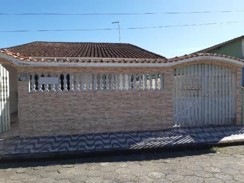 Casa Com Quintal No Suarão Em Itanhaém Litoral - 6891   Npc