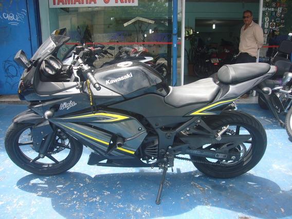 Kawasaki Ninja 250 R Preta 2012 R$ 11.800 (11) 2221.7700