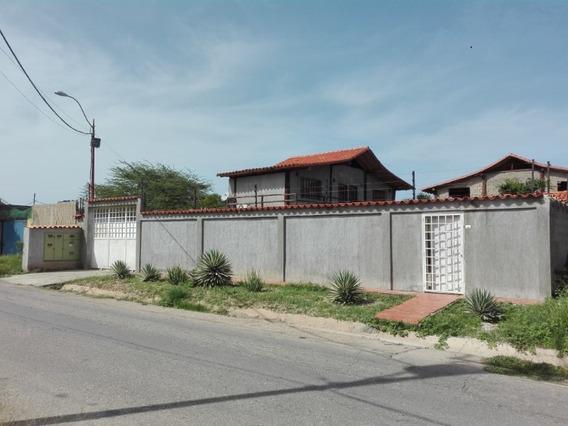 Casa 5 Habitaciones 6 Banos Guacuco Margarita