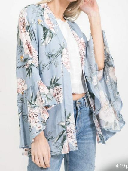 Cardigan Kimono Verde Claro Corto Flores Blancas Y Hojas