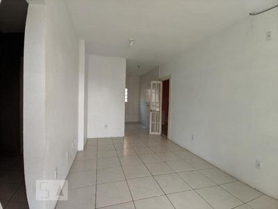 Casa Com 2 Dormitórios E 1 Garagem - Id: 892935770 - 235770