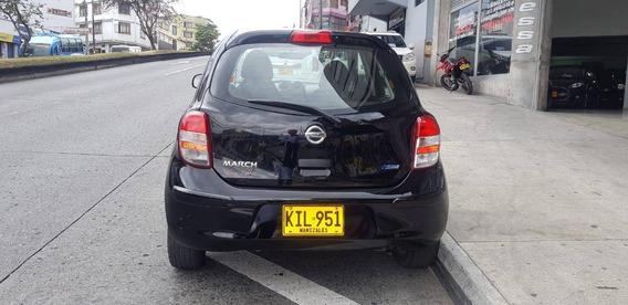 Vendo Automovil Nissan March Modelo 2012 Full Equipo