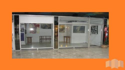 Local En Punta Del Este, Peninsula | Jyr Propiedades Ref:3187- Ref: 3187