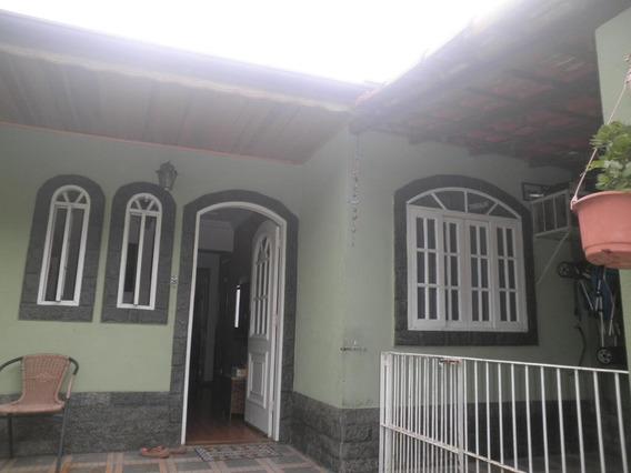 Casa Para Venda Em Volta Redonda, Vila Rica, 2 Dormitórios, 1 Banheiro, 1 Vaga - 189_2-1032617
