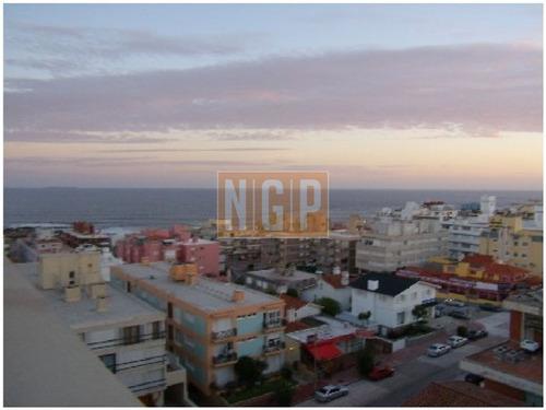 En Plena Peninsula Lindisima Zona Muy Buena Vista Al Mar-ref:8616
