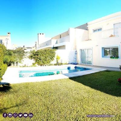 ***casa De 2 Plantas , Excepcional Propiedad***