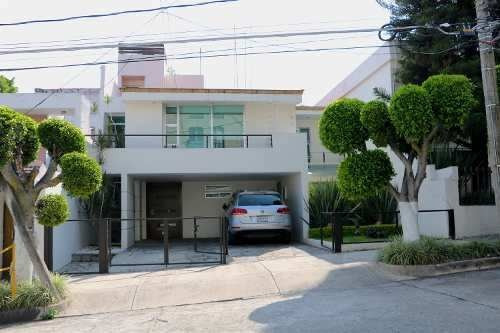Residencia Remodelada En Colomos Providencia