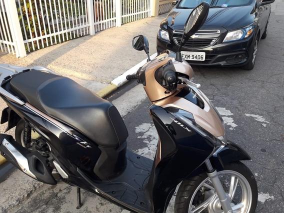 Honda Sh 150 Dlx 2018 / 2018 Ú.dono C/ 5.800 Km Troco ( - )