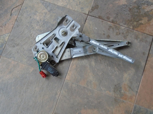 Vendo Regulador Trasera Derecho De Chrysler Stratus 1995
