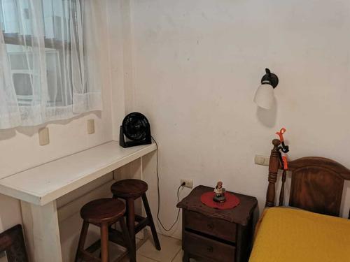 Imagen 1 de 6 de Mini Apartamento Amueblado En Tibás.  Sin Parqueo.