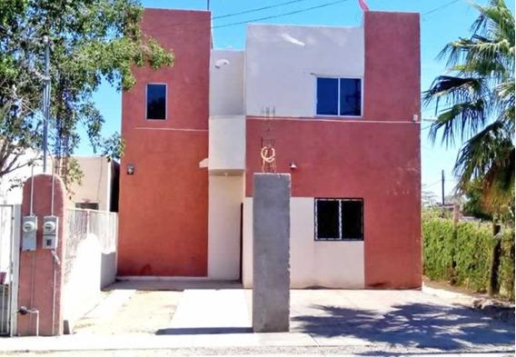 Casa En Esquina En San Carlos Iii, La Paz