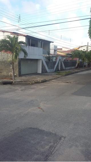 Excelente Casa Comercial Em Frente Ao Estacionamento Do Nau