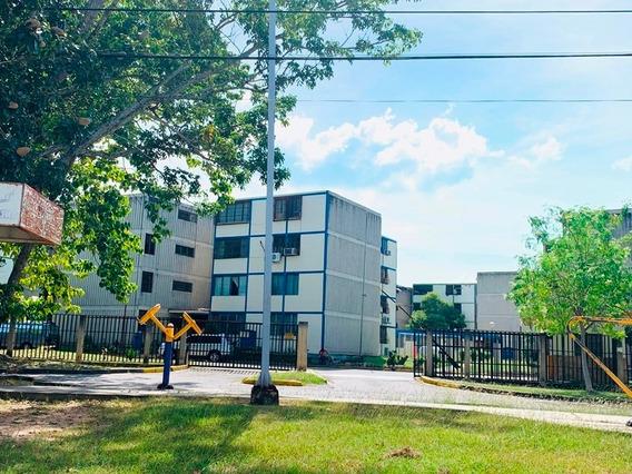 Apartamento Alquiler En Res. Monteserino, San Diego. Vb19-27