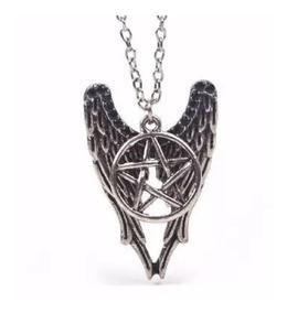 Colar Supernatural Castiel Asas E Pentagrama Sobre Nnatural