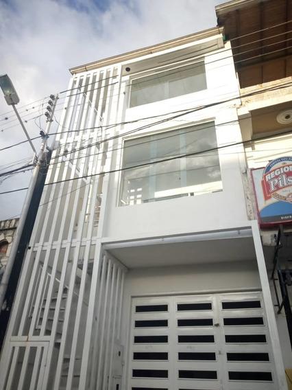 Edificio Nuevo En La Avenida Los Agustinos