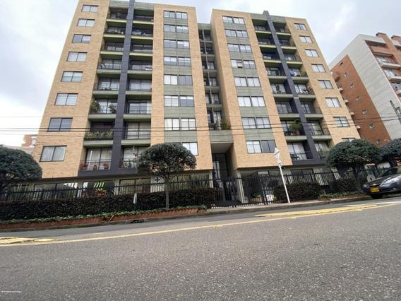 Apartamento En Arriendo En Cedritos Mls 20-1181