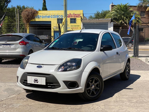 Ford Ka Fly Viral 2013