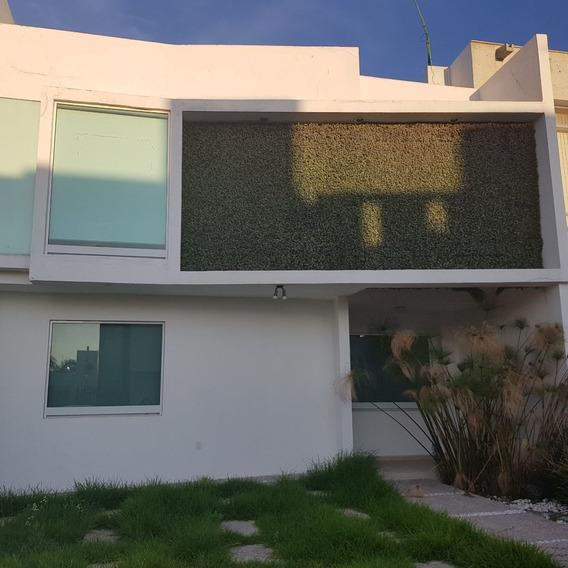 Casa En Renta. El Refugio, Queretaro. Rcr190920-nv-nv