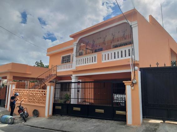 Alquilo Casa 2do Nivel 3 Hab/ 250 Mt2 Res. Ciudad Real 1 Dn