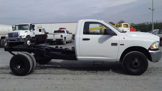 Camion 3 1/2 Dodge Ram 4000 Modelo 2012