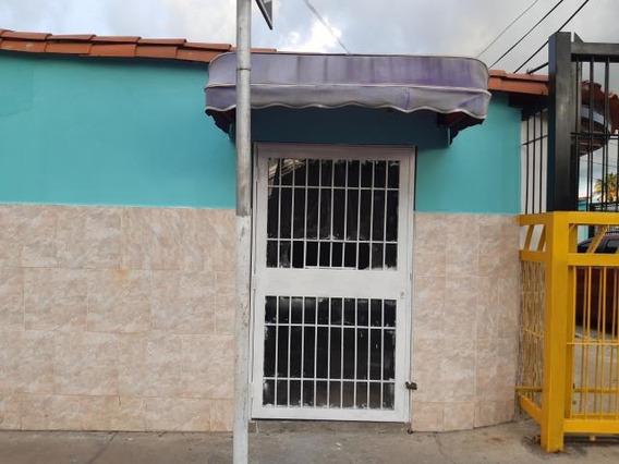 Local En Alquiler El Paraiso Cabudare 20-7731 Jcg