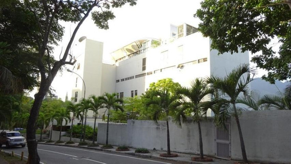 Espectacuñlar Apartamento Con Hermosa Vista Al Cerro Avila