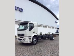 Volvo Vm 220 4x2 (e5) Leito Branco 2013