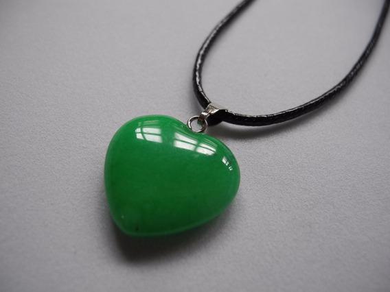 Colar Coração Pedra Natural Quartzo Verde Cordão Preto