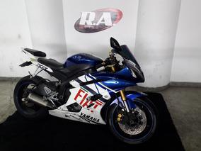 Yamaha R 6 - 600