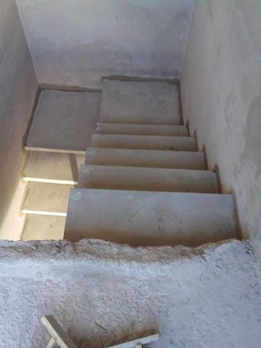 Imagem 1 de 5 de Escadas Pré Moldadas