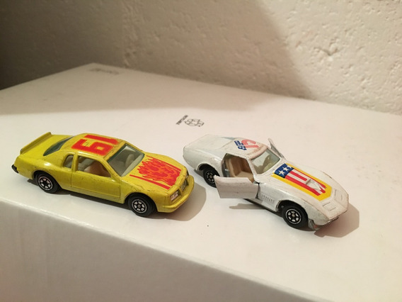 2 Carrinhos Ferro Raros Da Yat Ming Corvette Vintage E Buick