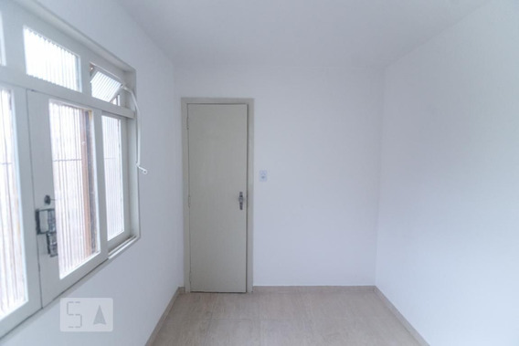 Casa Com 1 Dormitório E 4 Garagens - Id: 892951418 - 251418