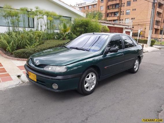 Renault Laguna 1.8 Mecánico Sedán