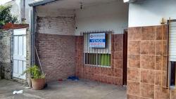 Casa Felix De Azara 400 Florencio Varela 3 Ambientes