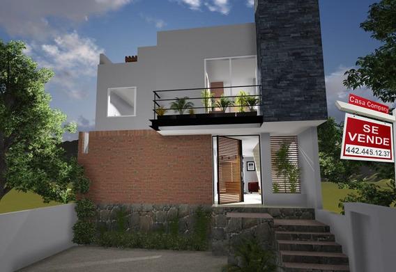 Hermosa Residencia De 3 Niveles, En El Refugio, Jardín, Estudio O 4ta Recámara..