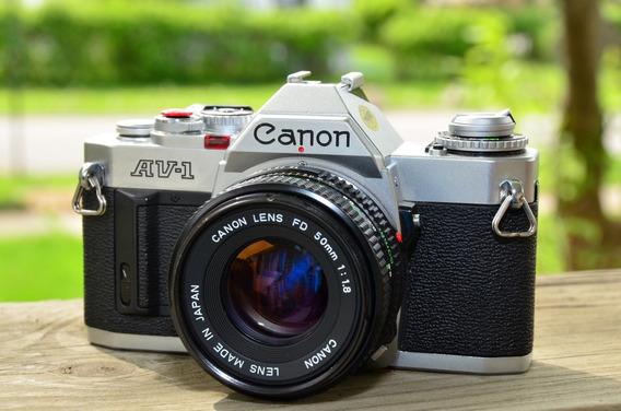 Camera Canon Av-1 Maquina Fotografia Original 1979 C/ Case