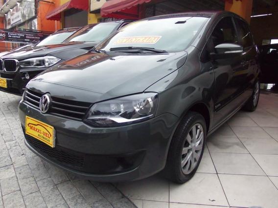 Volkswagen Fox 1.6 Trend Flex 5p 2013