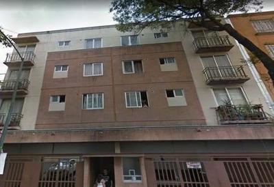 Departamento En Venta En C. Santa María La Ribera