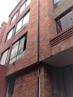 Apartamento En Venta La Castellana 734-953