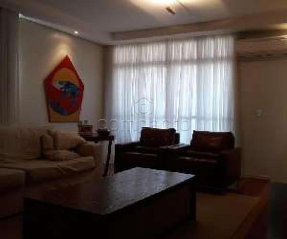 Apartamento - Ref: V6993