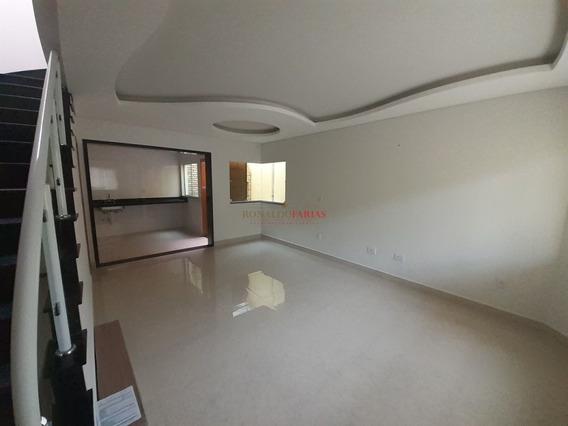 Sobrado Com 03 Dormitórios,sendo 01 Suite,90 M² Na Região Do Campo Grande - Sz9588