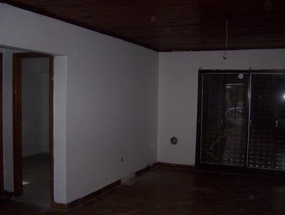 Alquilo Casa 2 Dormitorios Con Terreno