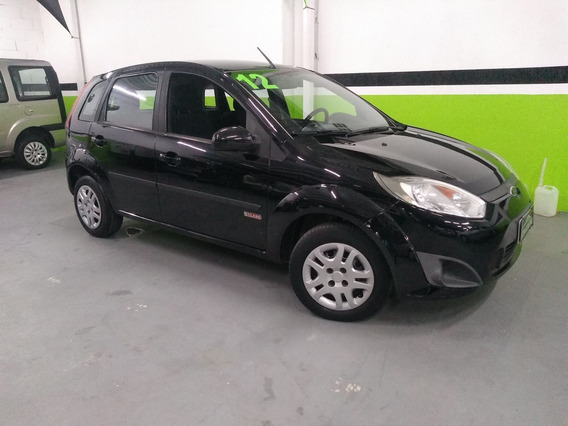 Ford Fiesta 1.0 Rocam Hatch 8v Flex 4p Manual