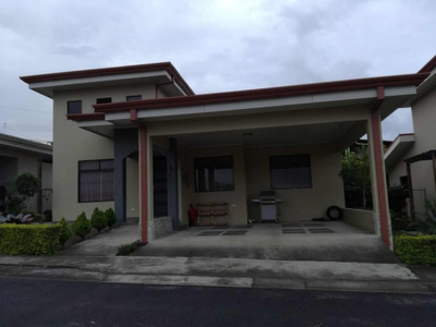 Casa Para Alquilar En San Isidro De Heredia