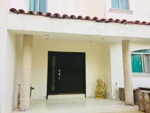 Venta Casa El Palomar $11´900,000.00