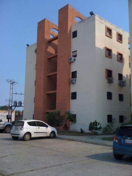 Apartamento En Venta, Paraparal, Los Guayos.