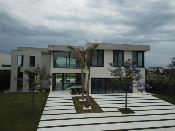 Casa En Venta En Nordelta - Barrio Golf