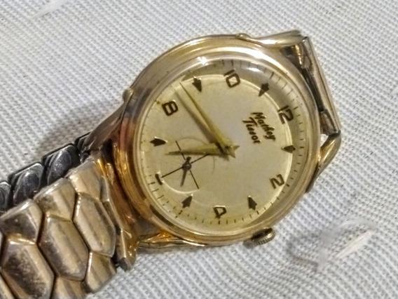 Relógio Mathey Tissot Anos 60 Dourado.