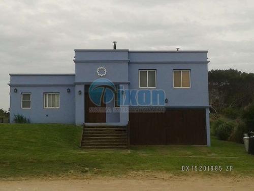 Barrio Cerrado Costa Esmeralda - Casa Venta Usd 370.000
